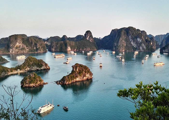Voyage à la Baie d'Halong - Âme du Vietnam