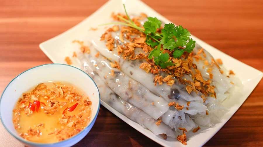 que mange-t-on au Vietnam pour le petit déjeuner - banh cuon vietnamien