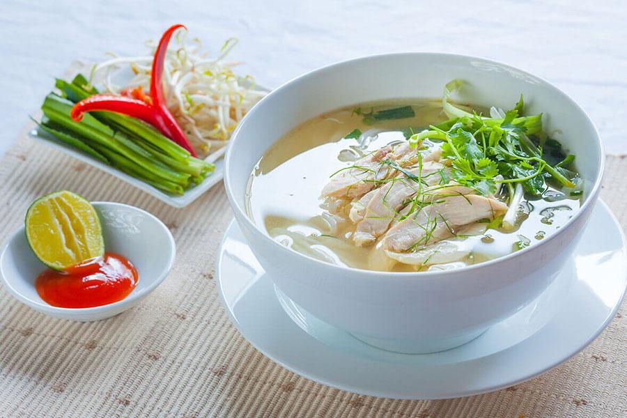 la soupe phở vietnamienne