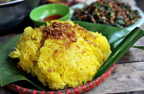 que mange-t-on au Vietnam pour le petit déjeuner - riz gluant - xôi