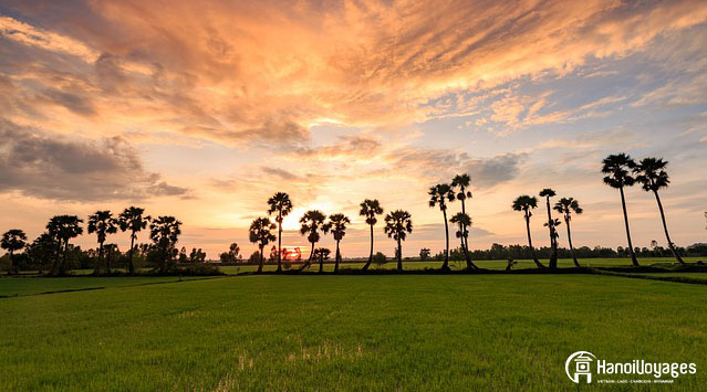 Le crépuscule à Chau Doc