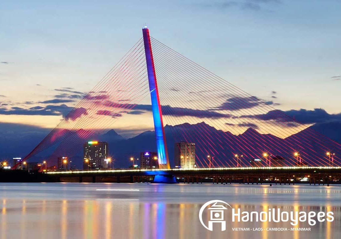 Pont Da Nang - Vietnam en juin - Âme du Vietnam