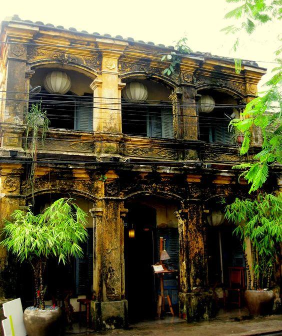 Photo d'un bâtiment typique à Hanoi