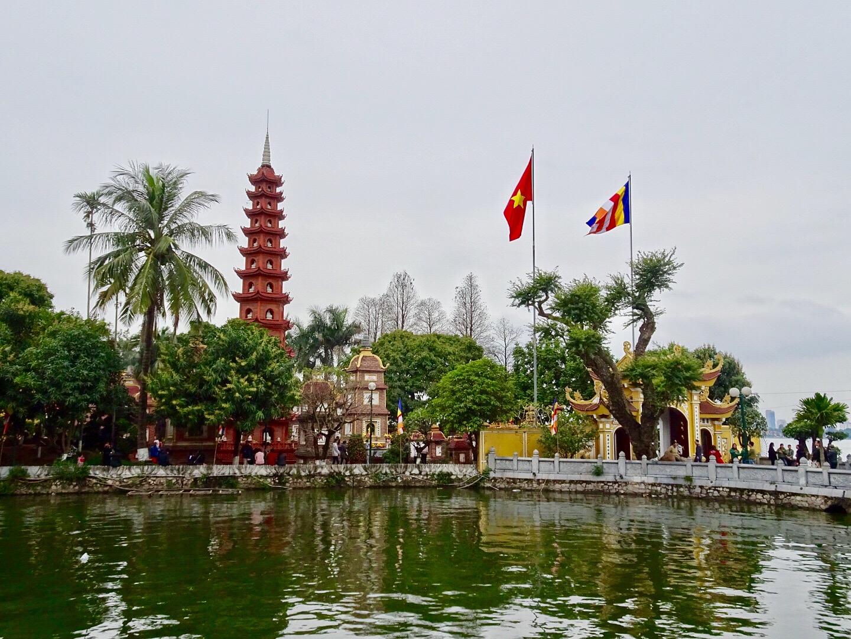 Pagode Tran Quoc - Hanoï - Âme du Vietnam