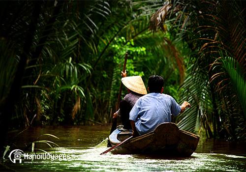 Delta du mékong - forêt femme bateau