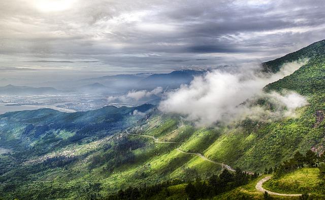 montagne-danang-nuage