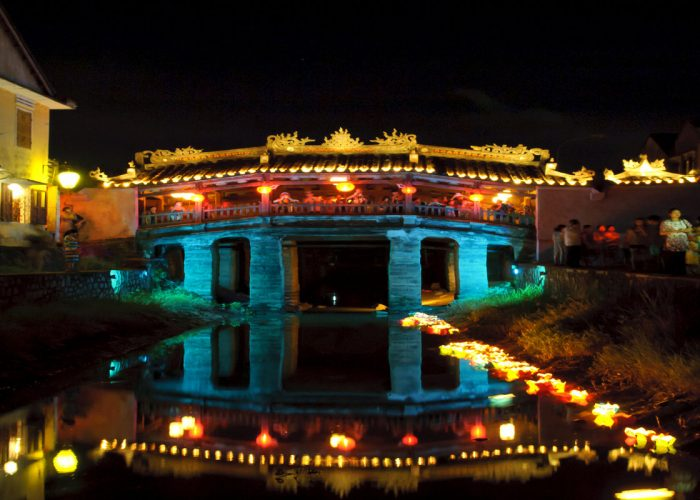 vietnam-hoian-pont-japonais-nuit-pics