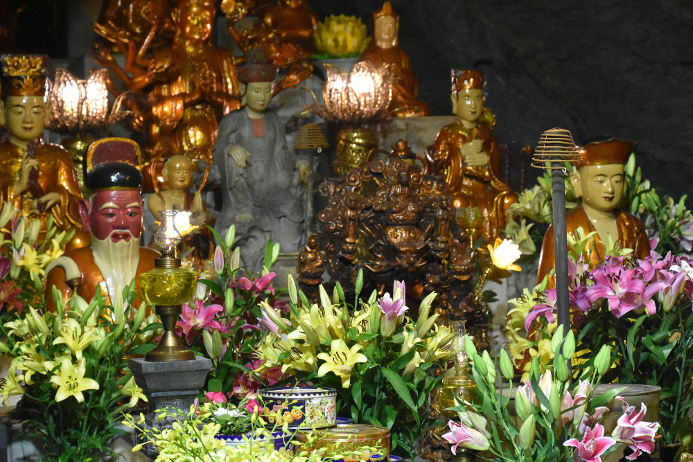 grotte pagode des parfums