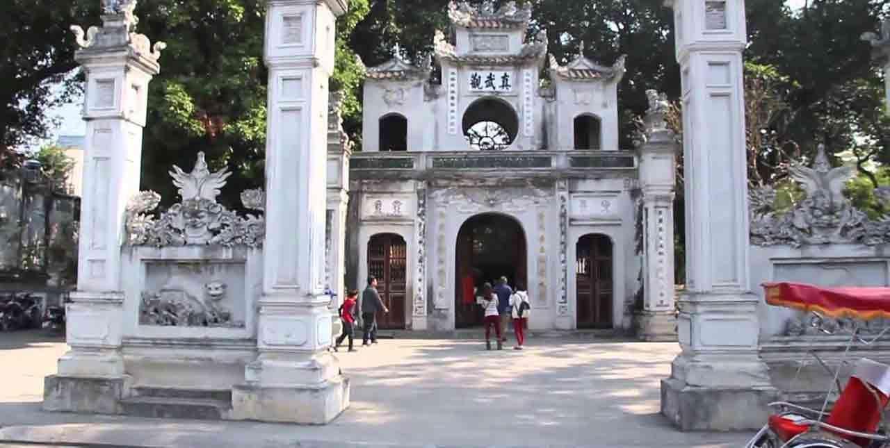 Temple Quan Thanh - Hanoi