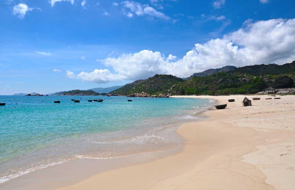 Nha Trang plage montagne