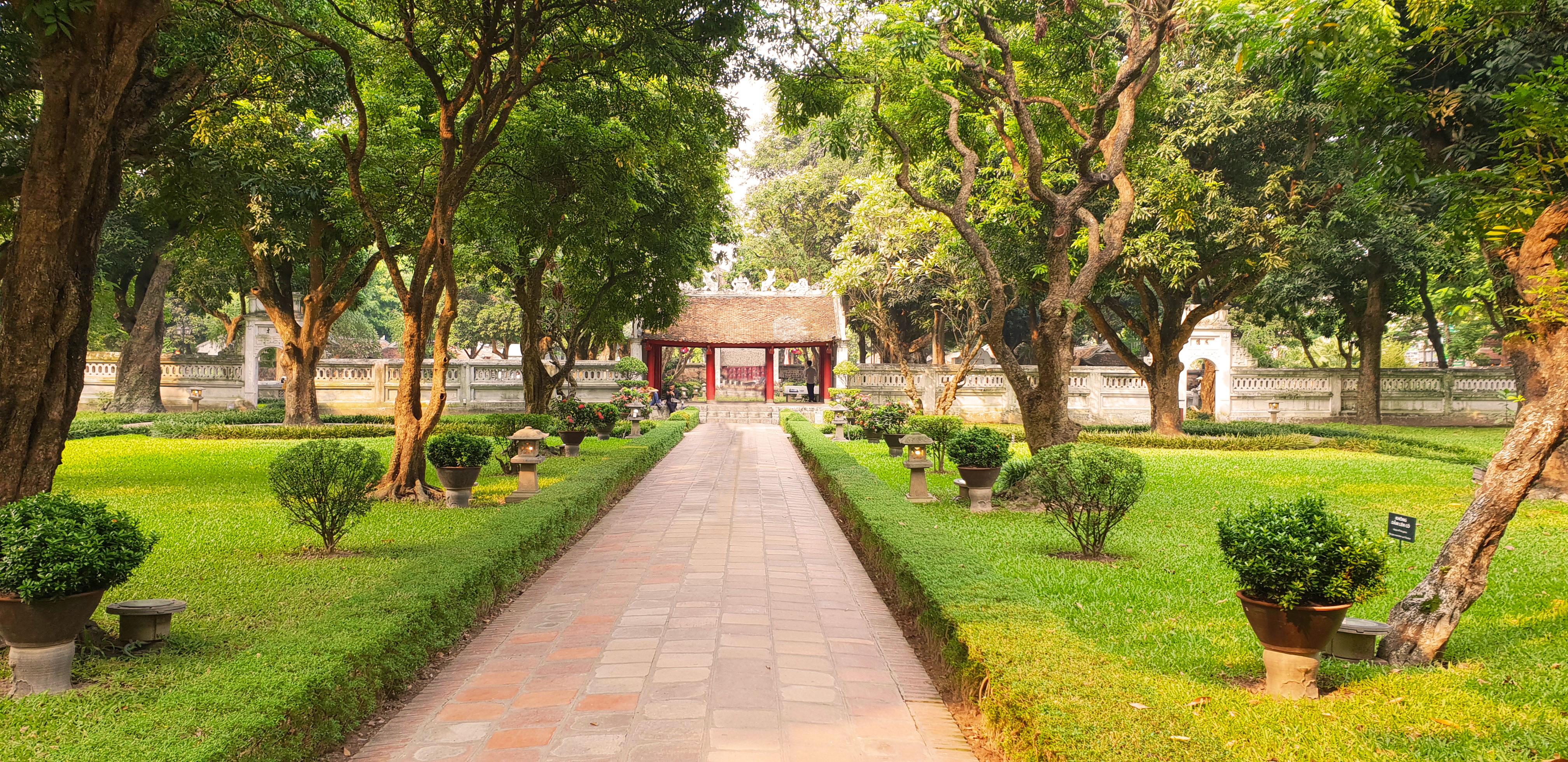 temple littérature parc allée