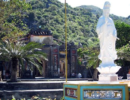 statut temple ile de cham